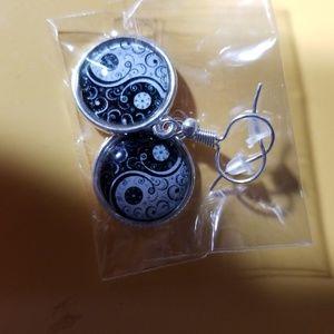 YIN YANG earrings.